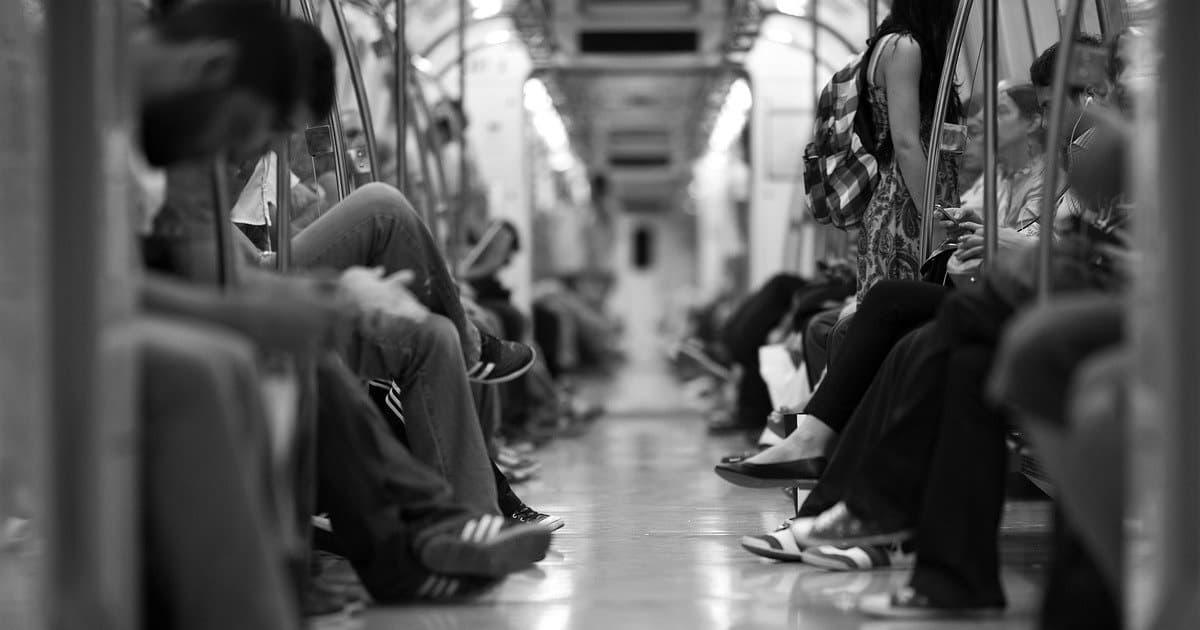 電車でお腹が痛くなった時の対処法