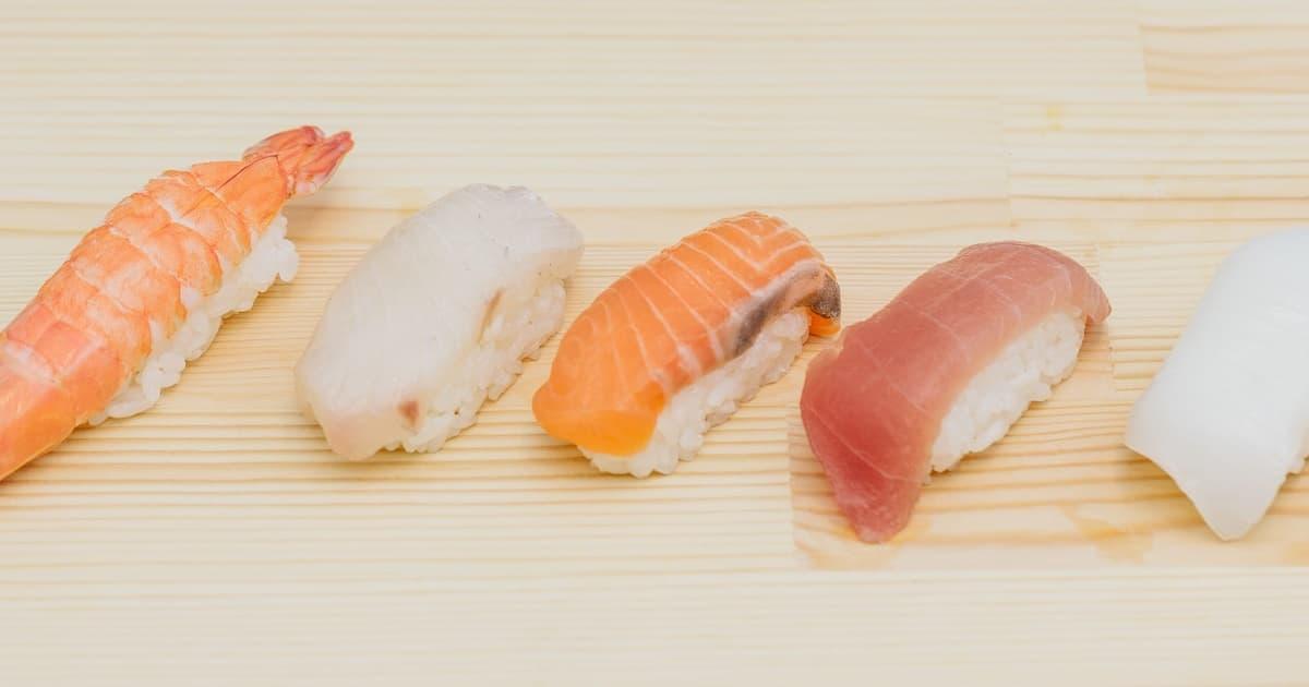 【寿司】冷蔵庫に入れた翌日に固くなるので保存方法を解説【絶対美味しく食べたい】